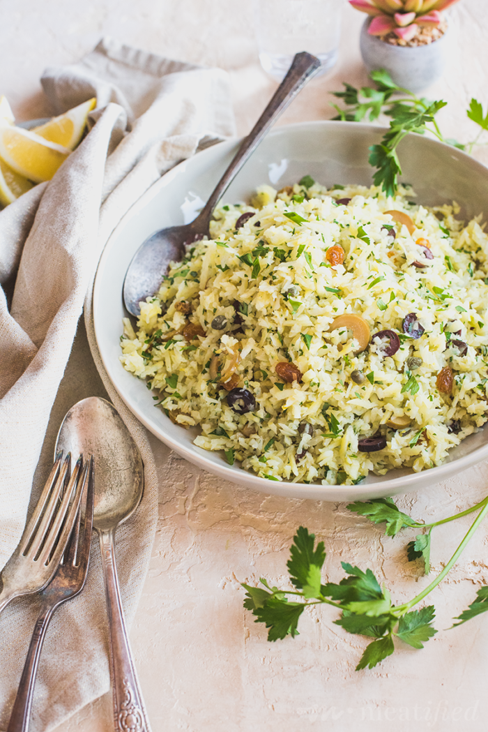 This Mediterranean inspired take on a grain-less Sweet Potato Rice Pilaf from https://meatified.com is a winner and infinitely adaptable! This take is light, bright and herbaceous, studded with briny olives & juicy raisins.