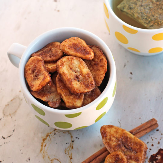 Cinnamon Baked Banana Chips