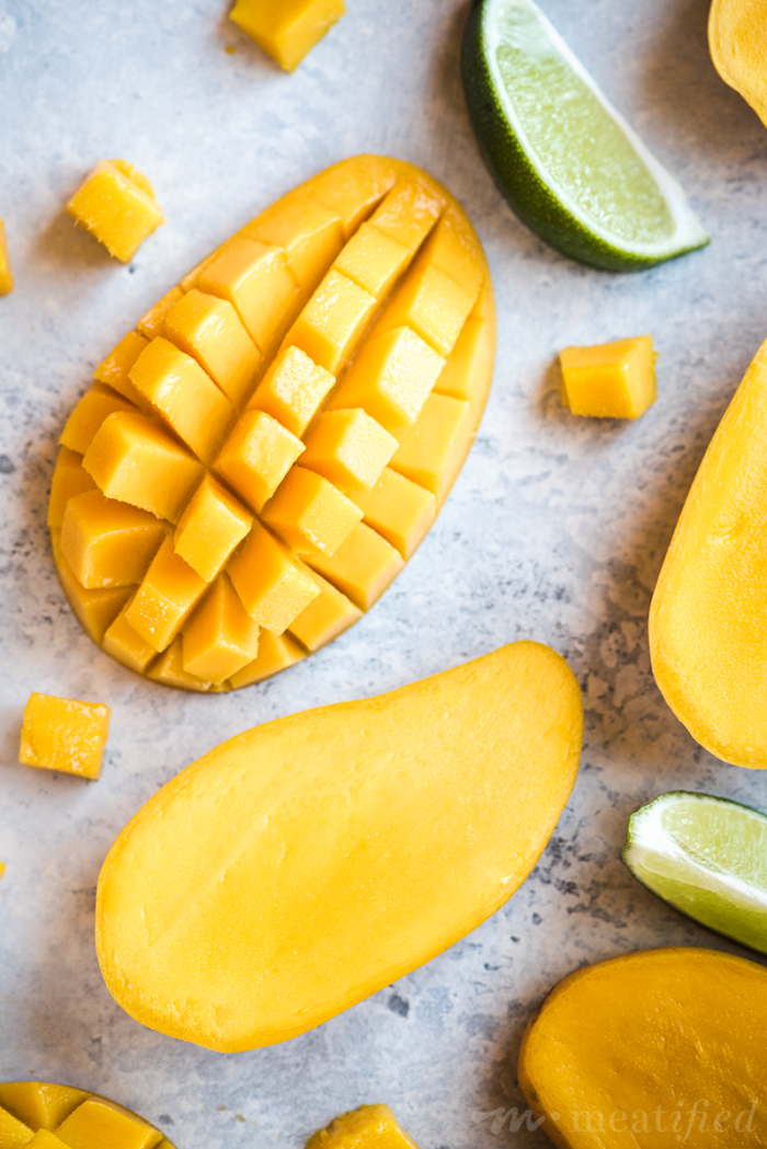 This Sour Mango Smoothie from http://meatified.com is summer in a glass... with a twist! It's sunny, refreshing and totally dairy & added sugar free, too.